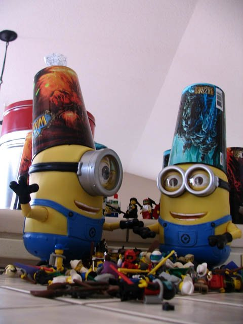 facebook_minions_behind-the-scenes-10